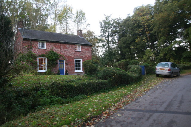 Cottage in the trees on Grainsby Lane
