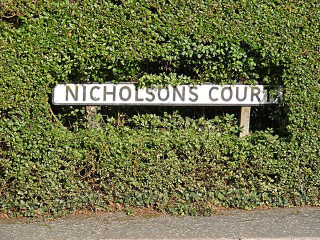 Nicholsons Court sign