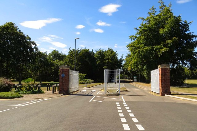 The entrance gates to Thomson Avenue