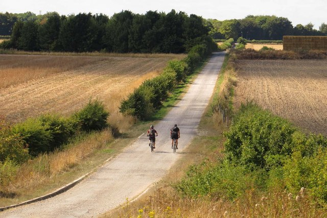 Cyclists on the Icknield Way