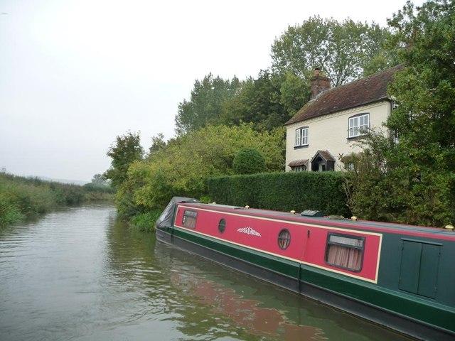 Harepath House, canalside