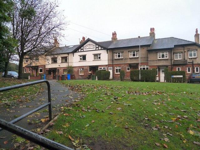 Newtonhurst (2)