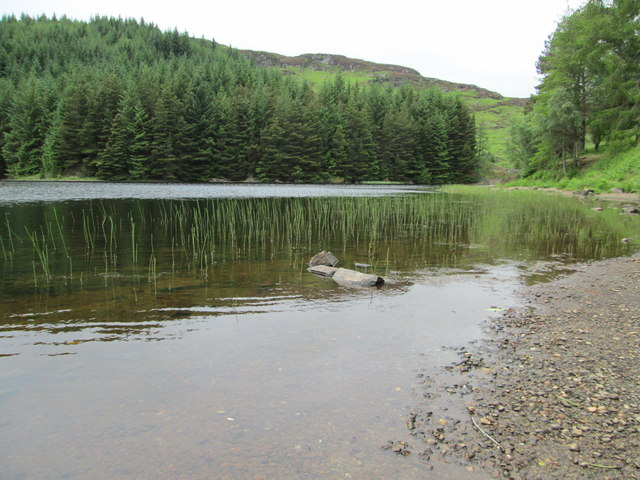 Shoreline view of Lochan Lairig Cheile