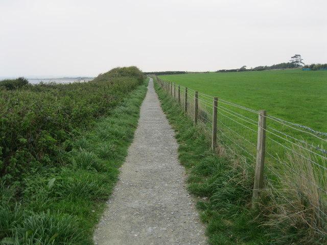 Llwybr arfordir Cymru - Wales coastal path
