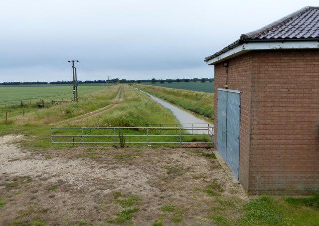 Benington Pumping Station and drain