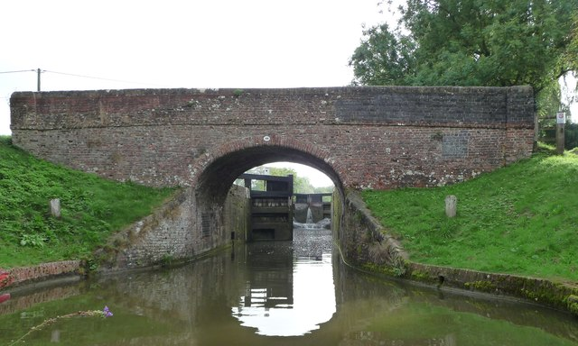 Brimslade bridge [no 106] and lock [no 53]