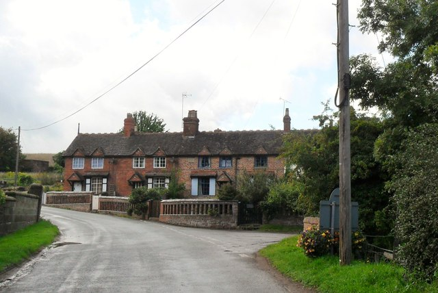 Terraced cottages, Claverley