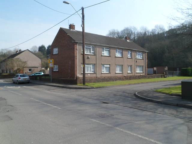 London Close, Cwmavon