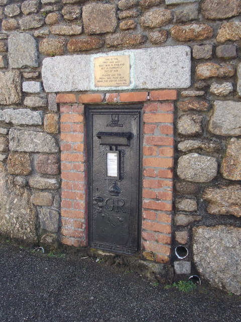 Land's End: the old first and last postbox