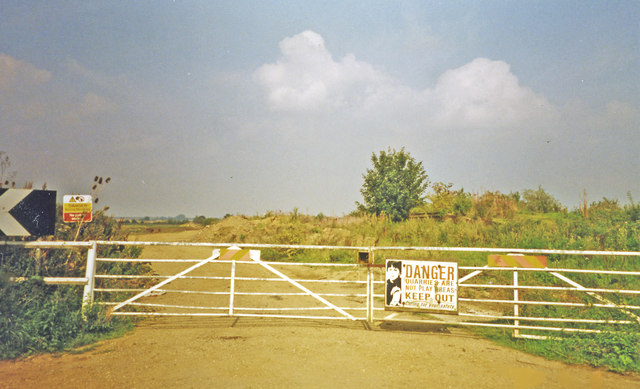 Site of former Irthlingborough station