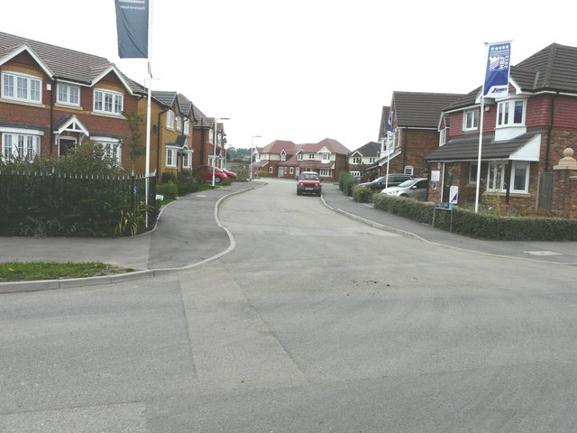 Larch End, Shurland Place