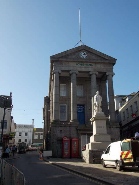 Penzance: the Market House and Davy statue