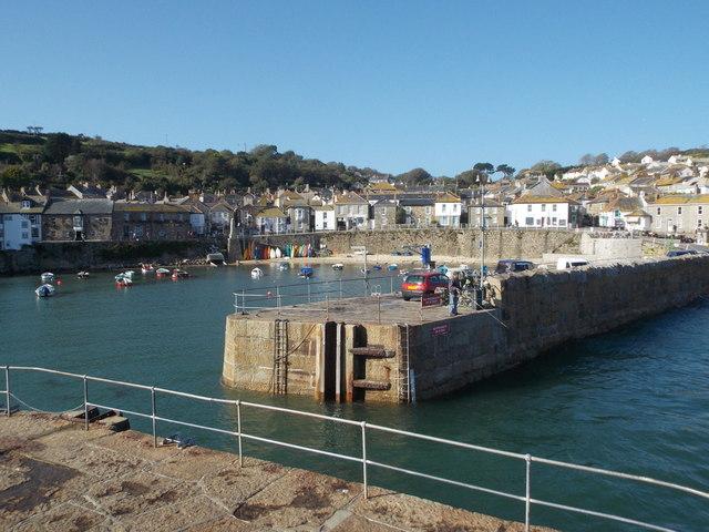 Mousehole: across the harbour entrance