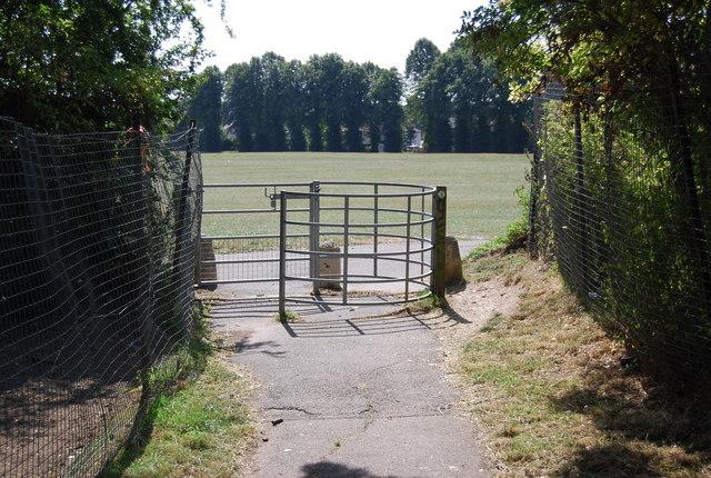Kissing gate, The LOOP
