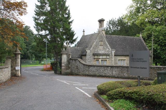Entrance to Defence Academyof the United Kingdom Shrivenham Station