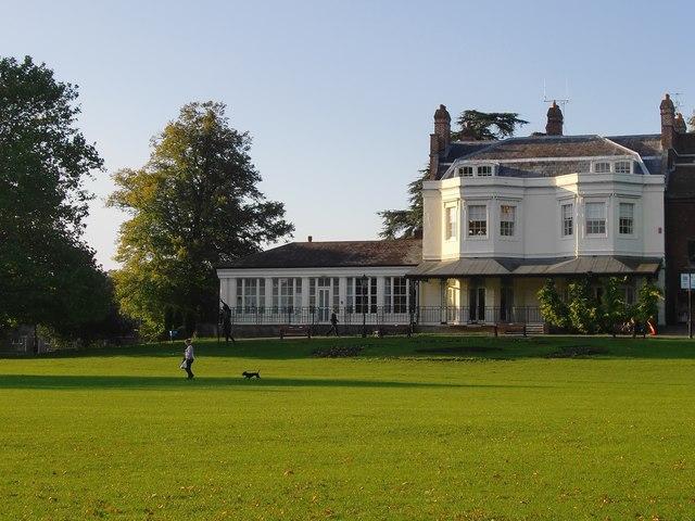 Court Garden, Higginson Park (2)