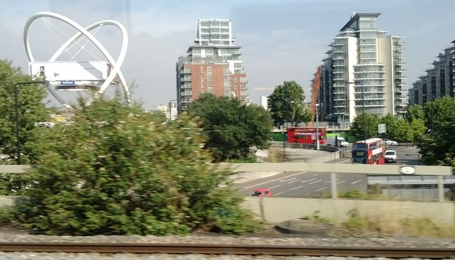 South end of Wandsworth Bridge, as seen from the train
