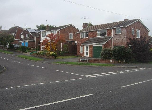 Kestrel Road / Kempshott Lane