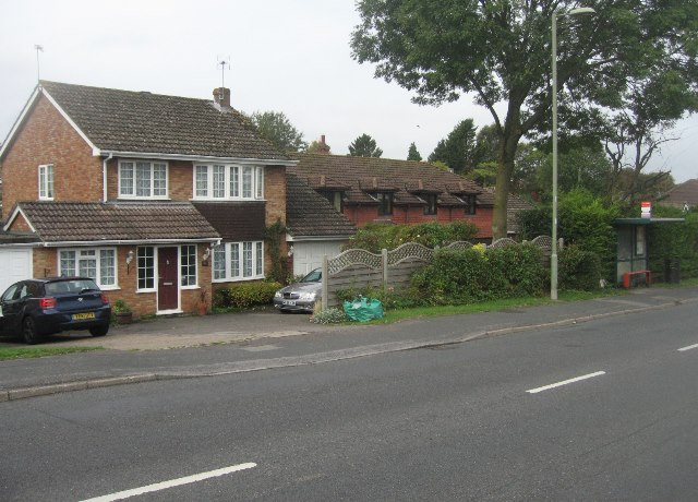 Bus stop on Kempshott Lane