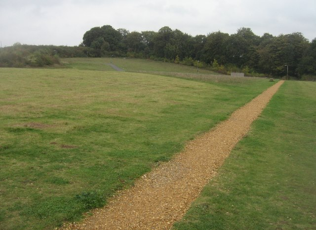 Path across Beggarwood Park