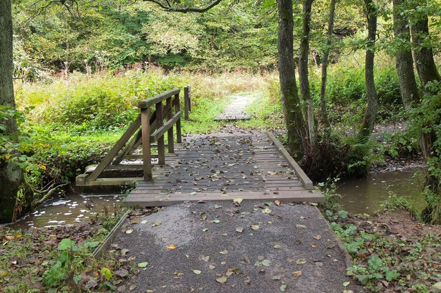 Footbridge over the Tyne Water, Vogrie Country Park