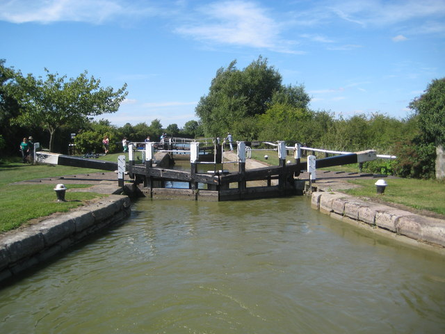 Grand Union Canal: Lock Number 30: Slapton Lock