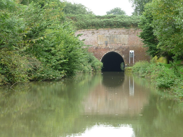 Western portal, Bruce Tunnel