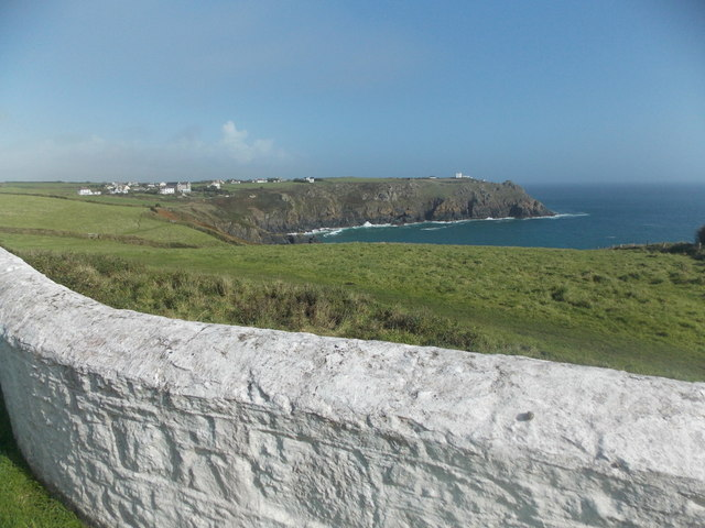 The Lizard: view over the lighthouse wall