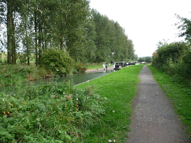 Kennet & Avon canal towpath