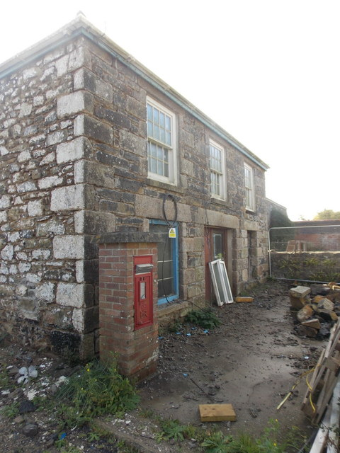 Cury: former Cury Cross Lanes Post Office
