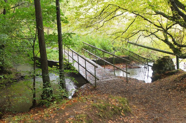 Footbridges at confluence, Tyne Water and Vogrie Burn