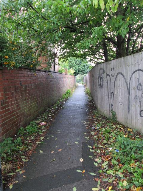 Footpath - Bradford Road