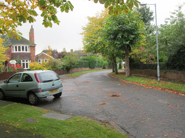 Broom Hall Avenue - looking towards Bradford Road