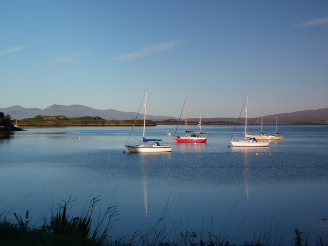 Boats anchored at Connel