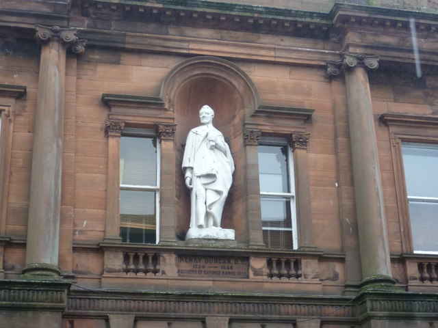 Henry Duncan statue, Church Crescent