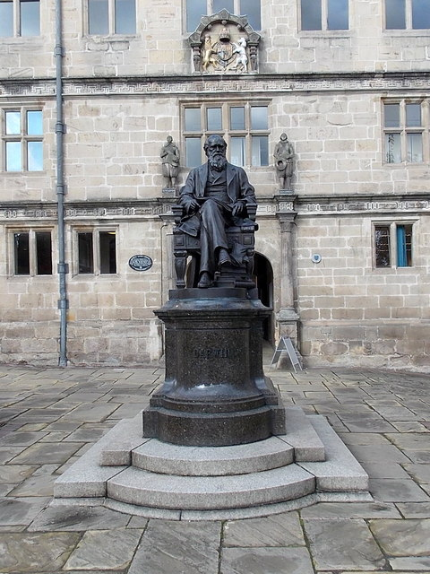 Charles Darwin statue in front of Castle Gates Library, Shrewsbury