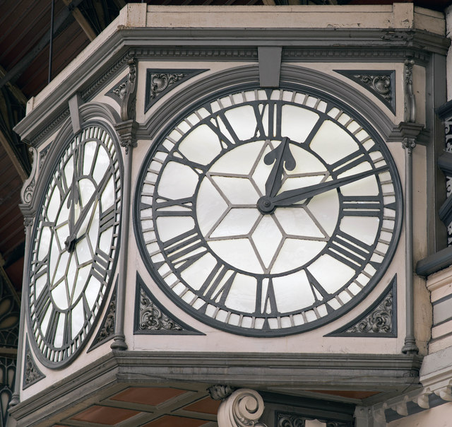 The Clock - Paddington Station