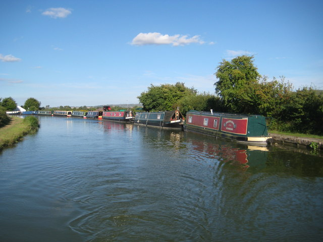 Grand Union Canal: Seabrook Moorings