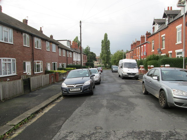 Clifton Place - looking towards Back Leeds Road