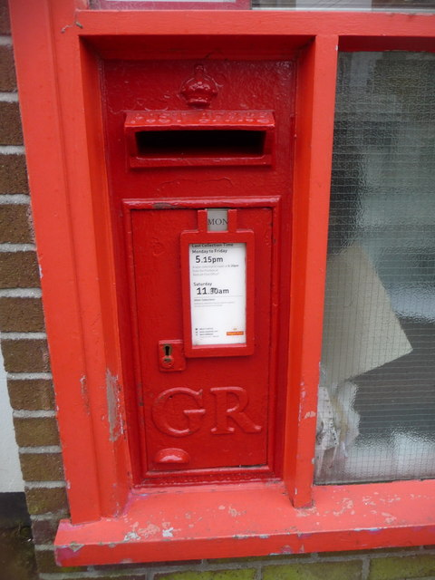 St. Day: postbox № TR16 62, Fore Street