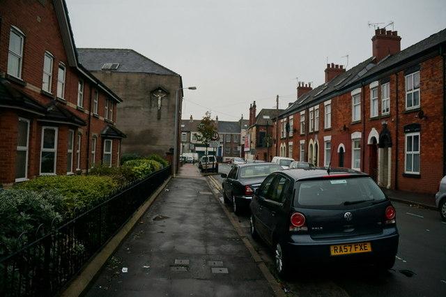Freehold Street towards Spring Bank, Hull
