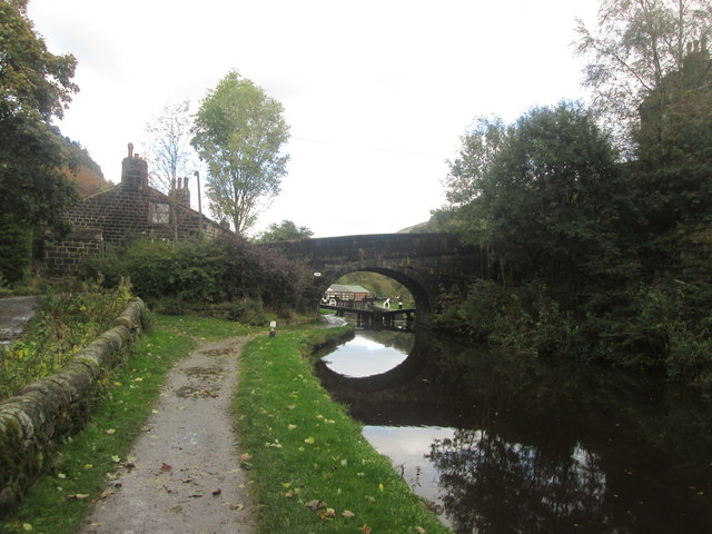 Rochdale Canal, Lobb Mill Bridge and Lock