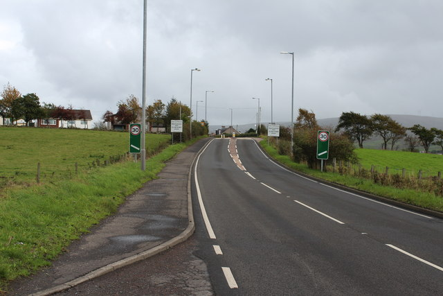 Approaching New Cumnock on the A76