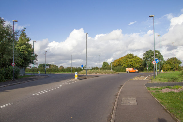 Roundabout on Stratford Road