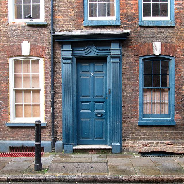Spitalfields: Fournier Street - a fine doorway