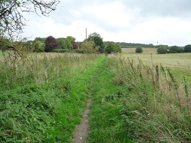 Unmapped path from the towpath to Parlow Bottom