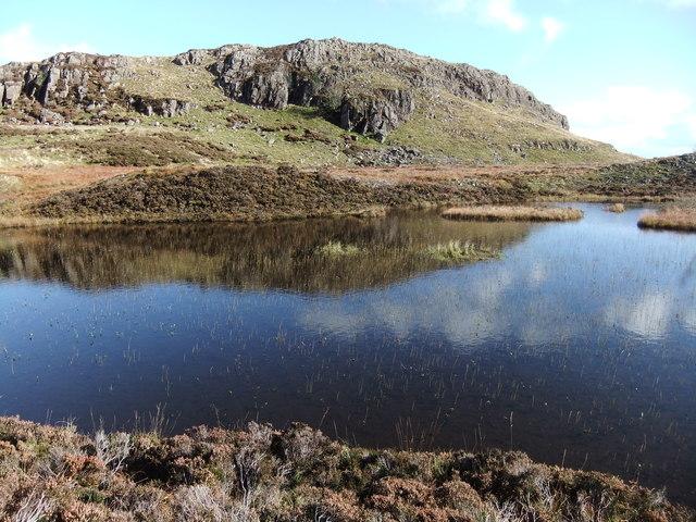 Oakhowe Crag and Lingmoor Tarn