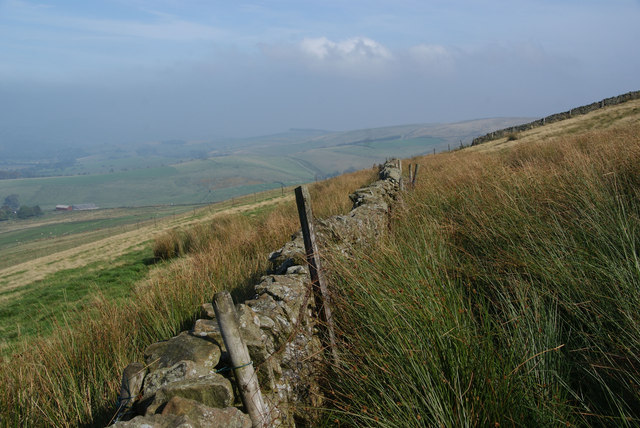Dry stone wall on Andrew's Edge