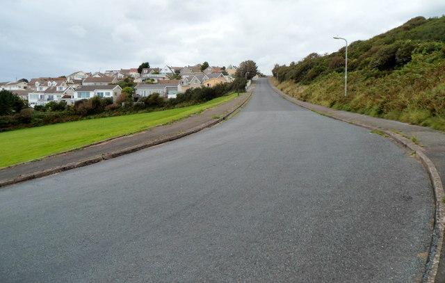 Gelliswick Road heads inland, Milford Haven