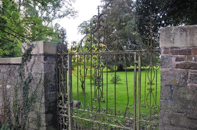 Bradfield : Garden Gate